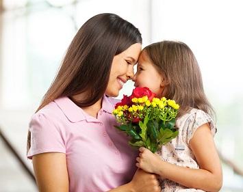 Anneye hediyeler