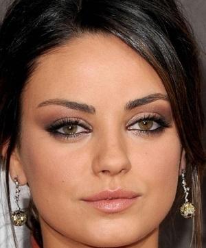 Ela gözler için smokey eye makyaj