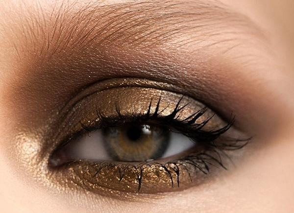 Doğal göz makyajı nasıl yapılır