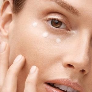 Shiseido Benefiance Wrinkle Smoothing Göz Kremi