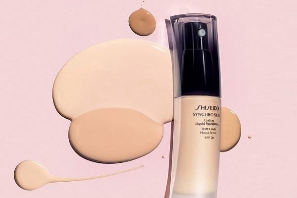 Shiseido Synchro Skin Lasting Liquid Foundation SPF20